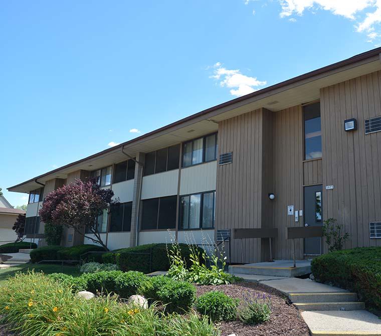 Apartment Searches: Metropolitan Associates